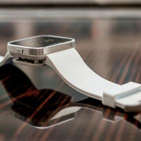 Smart Watches: Samsung, Sony, Qualcomm e Burq a confronto